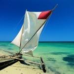 Princesse du Lagon hôtel à Tuléar Ifaty Madagascar : pirogue et lagon